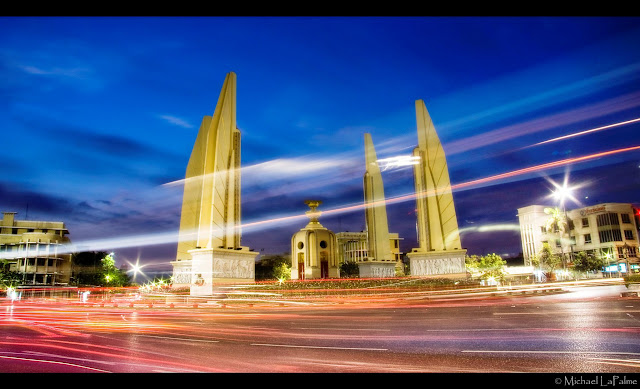 Democracy Monument, Bangkok   © Michael LaPalme