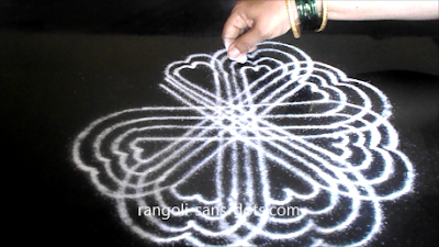 Sankranti-muggu-with-lines-2512ag.jpg