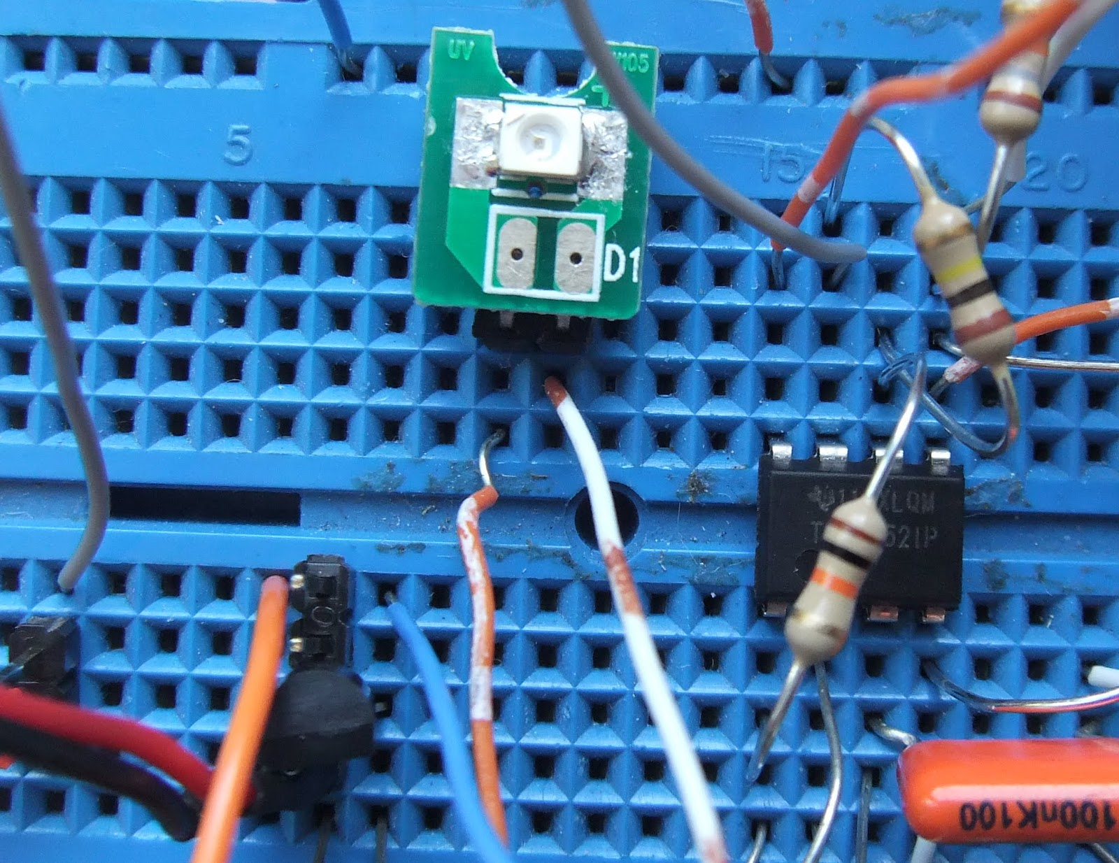 Michael Saunby: Building a UV Index recorder for MSP430, Arduino
