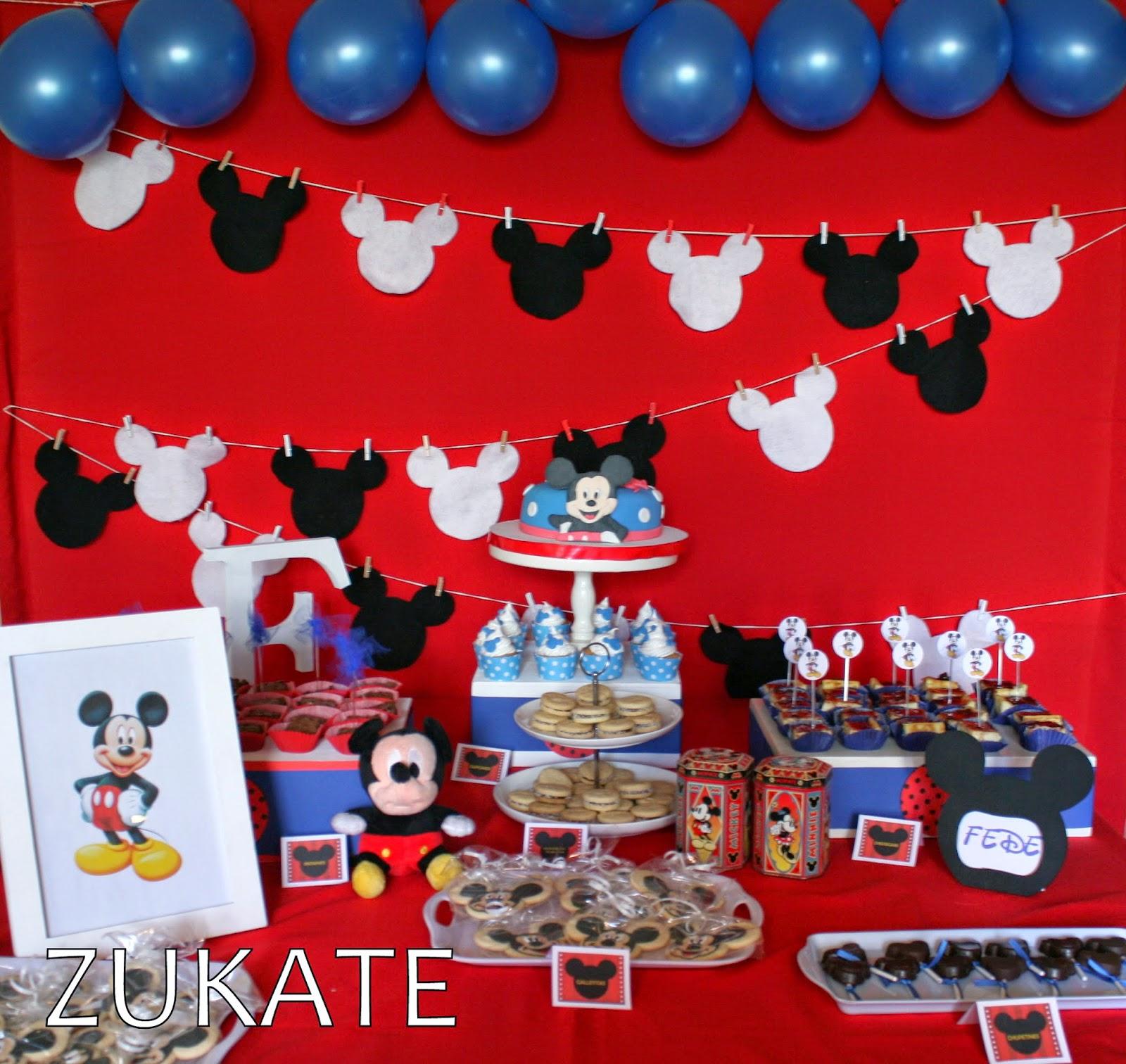 Decoracion de mickey mouse para fiestas infantiles auto - Mesas decoradas para fiestas ...