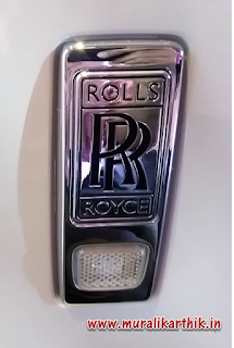 rolls royce phantom logo