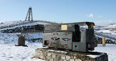 Castillete metálico en la mina visitable de barruelo de santullán