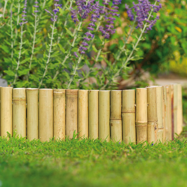 Edging design ideas bamboo edging the perfect addition for Bordure en bois de jardin