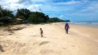 The Kg. Tempurung Beach, Kuala Penyu