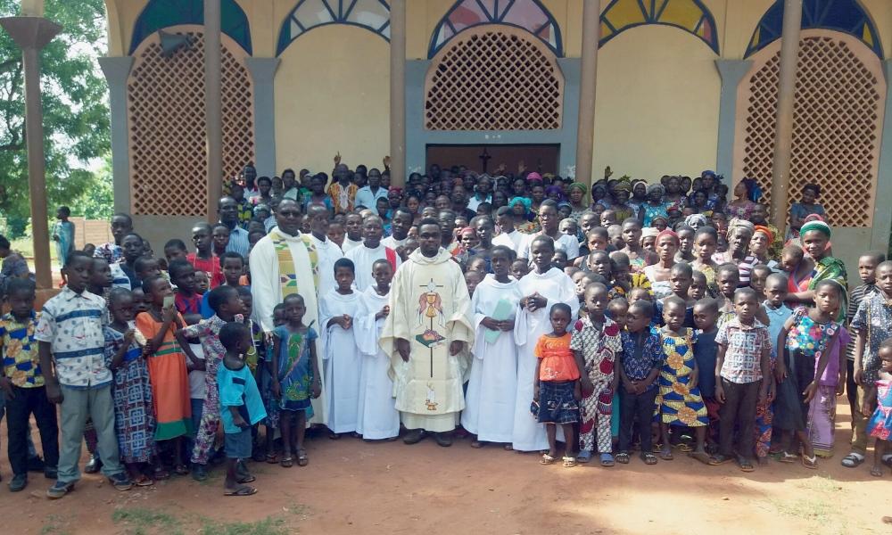 https://www.saintmaximeantony.org/2018/05/des-nouveslles-de-gboto-zeve.html