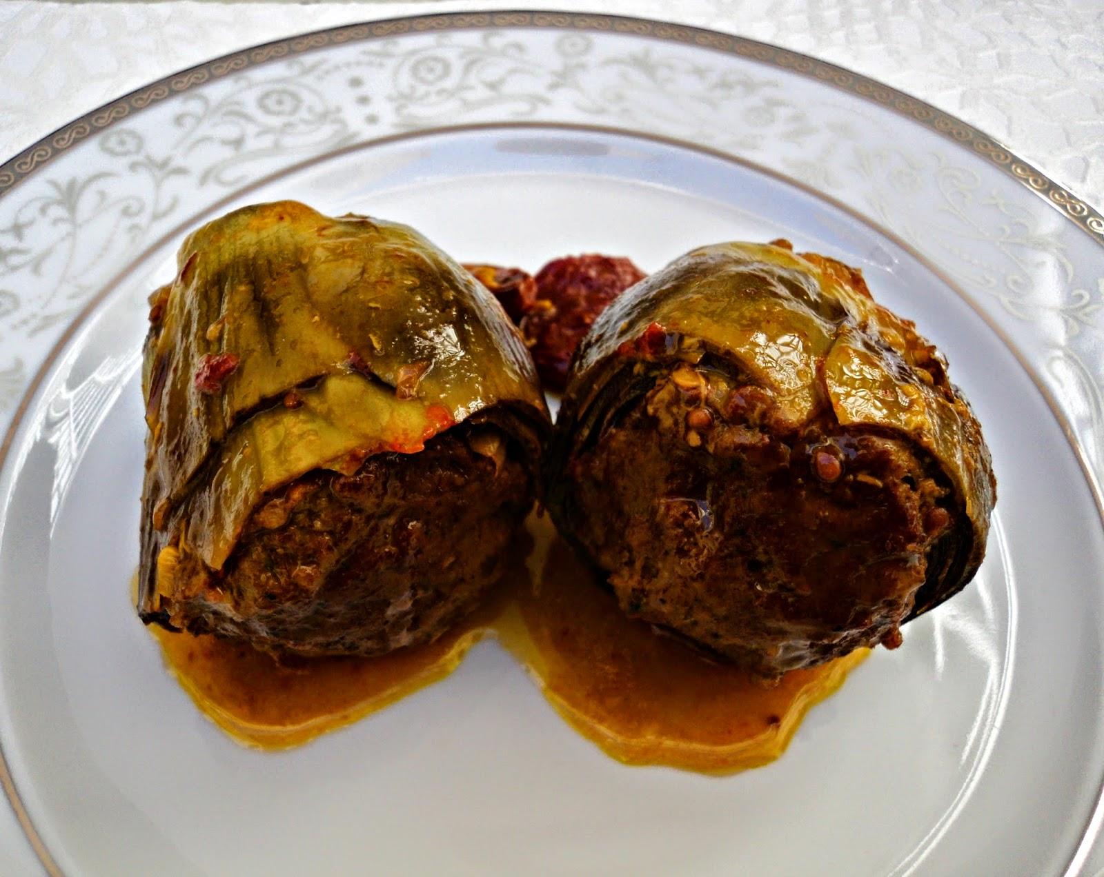 alcachofas-rellenas-asado-madre-plato