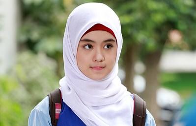 Model Hijab Paris Simple Untuk Sehari-hari