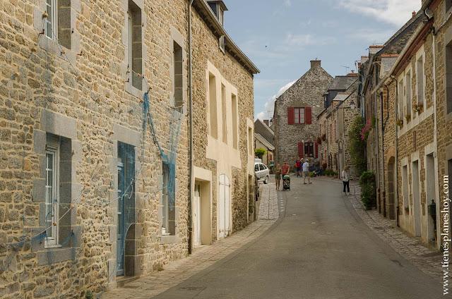 Saint-Suliac viaje Bretaña y Normandía coche pueblos encanto