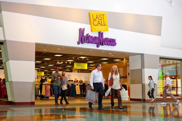 Last Call By Neiman Marcus em Orlando e Miami