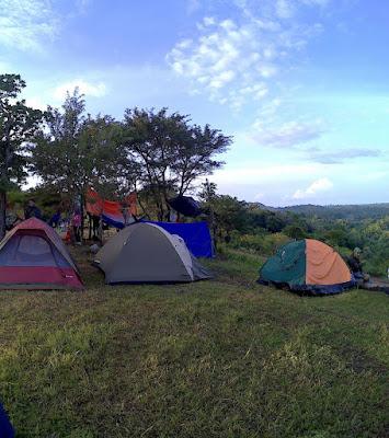 camp site di atas bukit