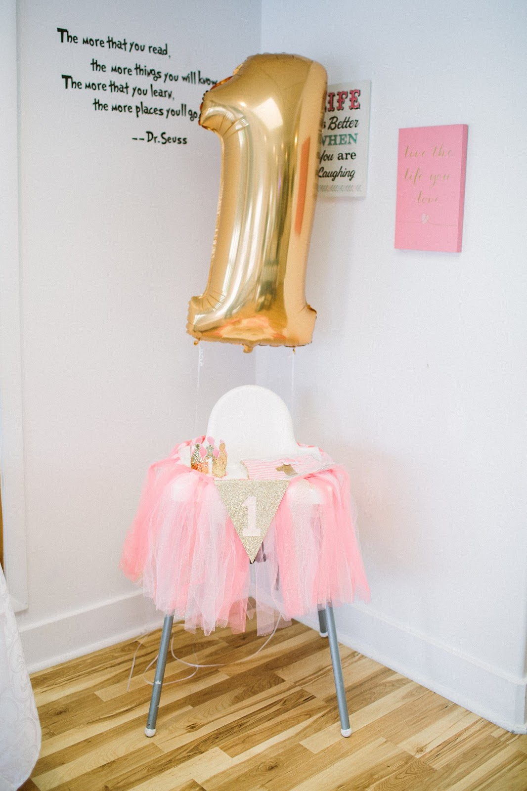First Birthday Party, Gold One Balloon, First birthday High Chair