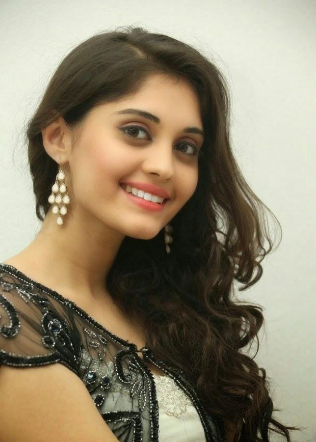 Surabhi Cute Wallpapers Actress Hd Gallery Surabhi Telugu Movie Beeruva Photo Gallery