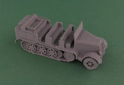 Sd.Kfz 7 halftrack picture 2