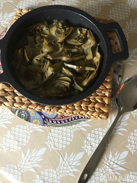 alcahcofas-guisadas-con-cebolla-ajo-y-vino-blanco
