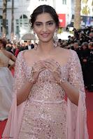 Sonam Kapoor looks stunning in Cannes 2017 034.jpg
