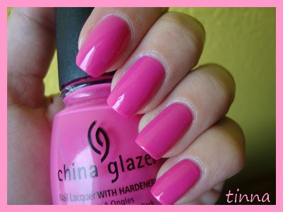 CHINA GLAZE - RICH & FAMOUS & KONAD & NEW STUFF
