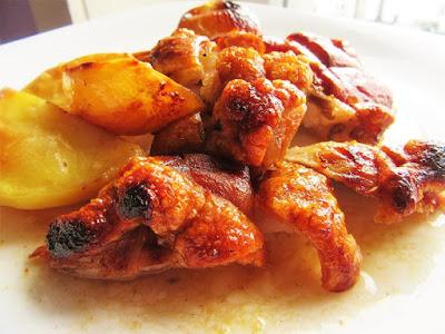 Pečena svinjska koljenica / Roasted pork shank