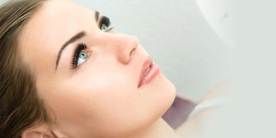 6 tips untuk memanjangkan bulu mata anda dari rumah