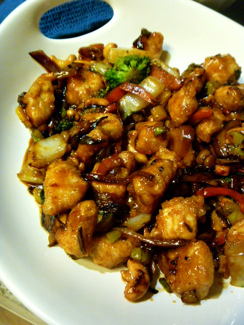 Spicy Szechuan Chicken and Vegetable Stir Fry - A weeknight treasure that's 1000x better than takeout! Slice of Southern
