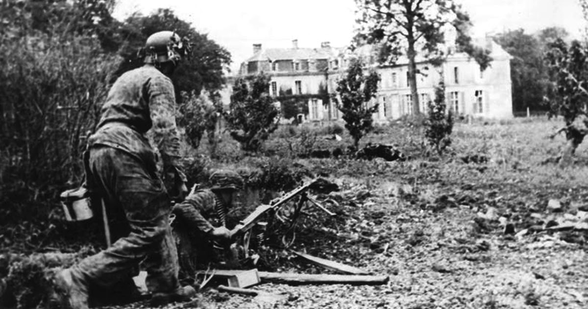 men of wehrmacht hj division soldiers with mg 42 in normandy