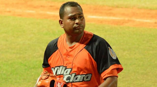 La sustitución de Freddy Asiel Álvarez por Jonder Martínez se convirtió hoy en la más reciente noticia relacionada con la presencia de Cuba en el IV Clásico Mundial de Béisbol.