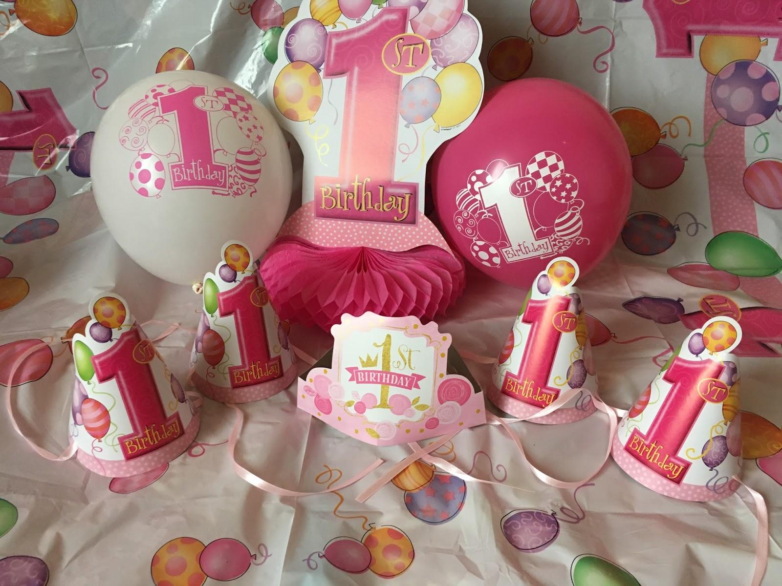 czapeczki na pierwsze urodziny dla dziewczynki