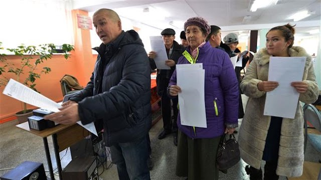 Voters in Kyrgyzstan approve controversial constitutional reforms