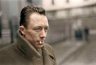 O escritor Albert Camus.