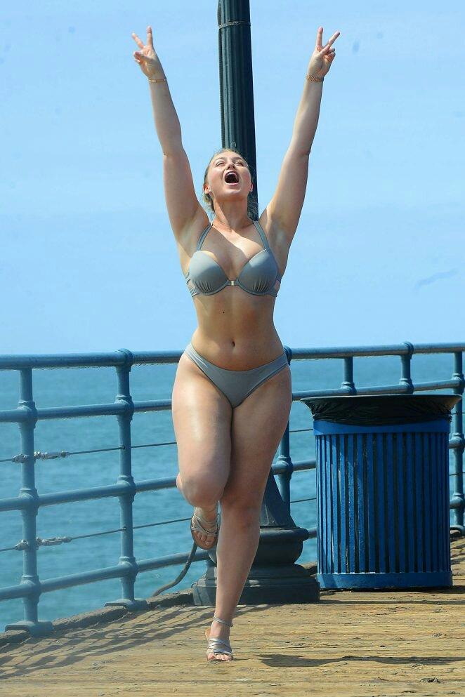 Iskra Lawrence Looks Hot Bikini Latest Pictures 2019
