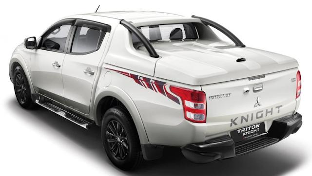Mitsubishi Triton Knight Edition Dijual Hanya 120 Unit Di Malaysia - Tampak Samping Kiri Belakang