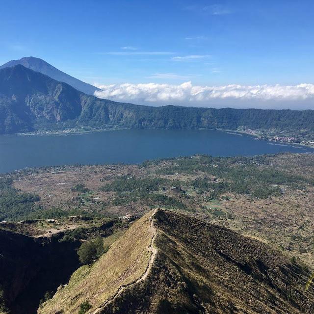 Tips Mendaki Gunung Batur, Gunung Tertinggi Kedua di Bali ...