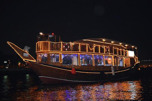 Romantic Places to Visit in Dubai Honeymoon cruise
