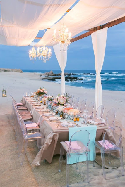 Idyllic Tables and Weddings on The Beach 7