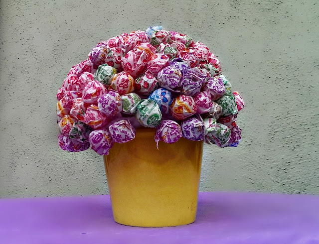 candy lollipop centerpiece