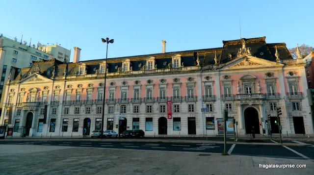Praça dos Restauradores, boa região para hospedagem em Lisboa