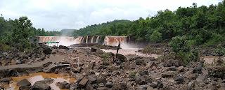 Waterfall Gira waghai on the way saputara