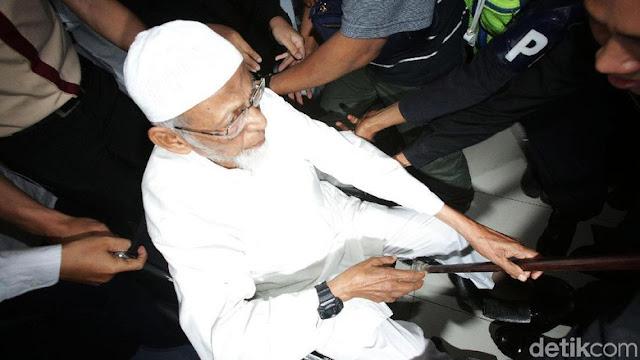 Kebaikan Jokowi ditolak Abu Bakar Ba'asyir, Ketua MUI: Satu-satunya jalan bebas bersyarat