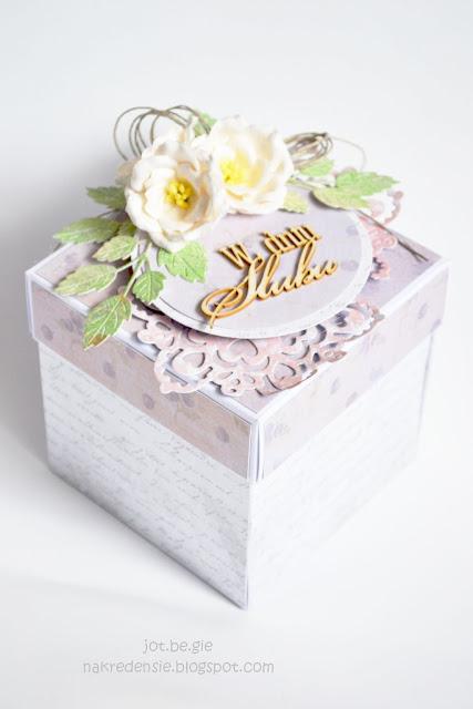 Ślubny box z tekturkami