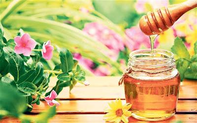 Một vài cách làm đẹp với mật ong mà con gái yêu thích