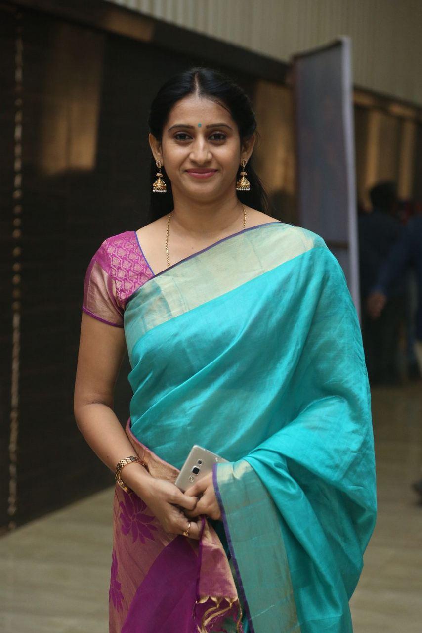 Tollywood Actress Meena Kumari Stills In Green Saree