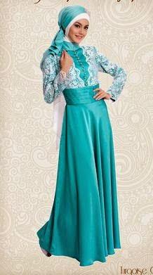 Contoh model baju muslim untuk pesta hijau elegan