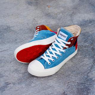 Sepatu Warrior Rainbow