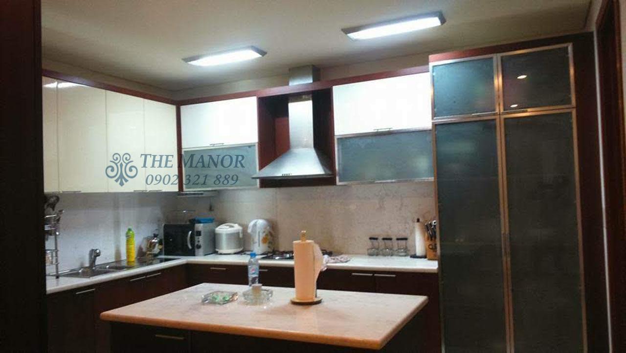 Căn hộ 168m2 cho thuê tại The Manor quận Bình Thạnh 3PN - phòng bếp