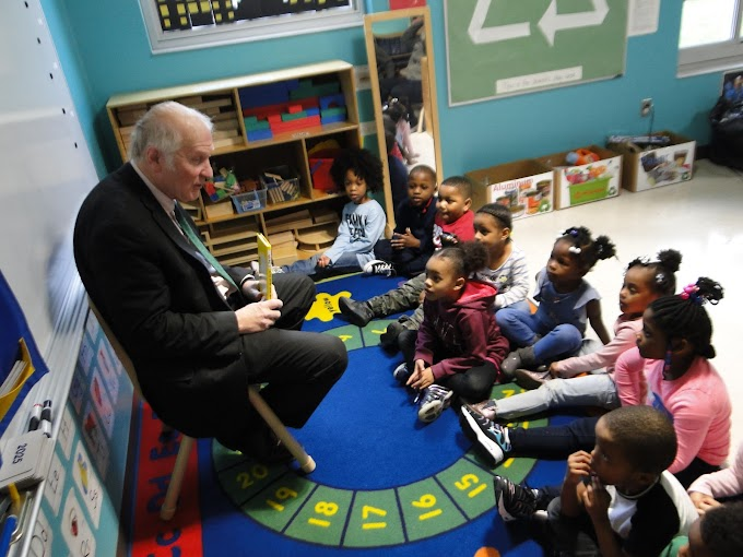 Congressman Steve Chabot visits Theodore M. Berry Head Start Center