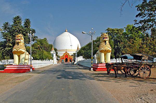 Jibananda Thakur - A Manipuri Brahmin in Burma - Kaunghmudaw Pagoda Myanmar