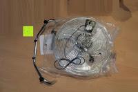 Plastiktüte: Andrew James großer 45cm Bodenventilator aus Metall – 100 Watt, kraftvoller Luftfluss, 3 Geschwindigkeitseinstellungen und verstellbarer Neigung – 2 Jahre Garantie