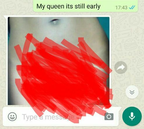 Lady Exposed On Chat Sending Nude Photos To A Man Just To Get iPhone