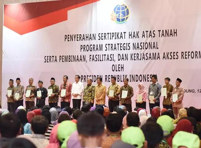 Jokowi Bandung sertifikat tanah BPN