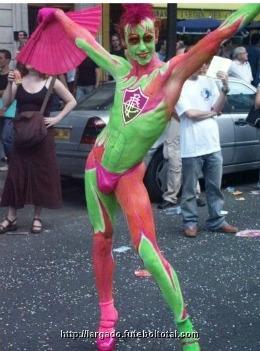 Tricolor gay- Interrogações