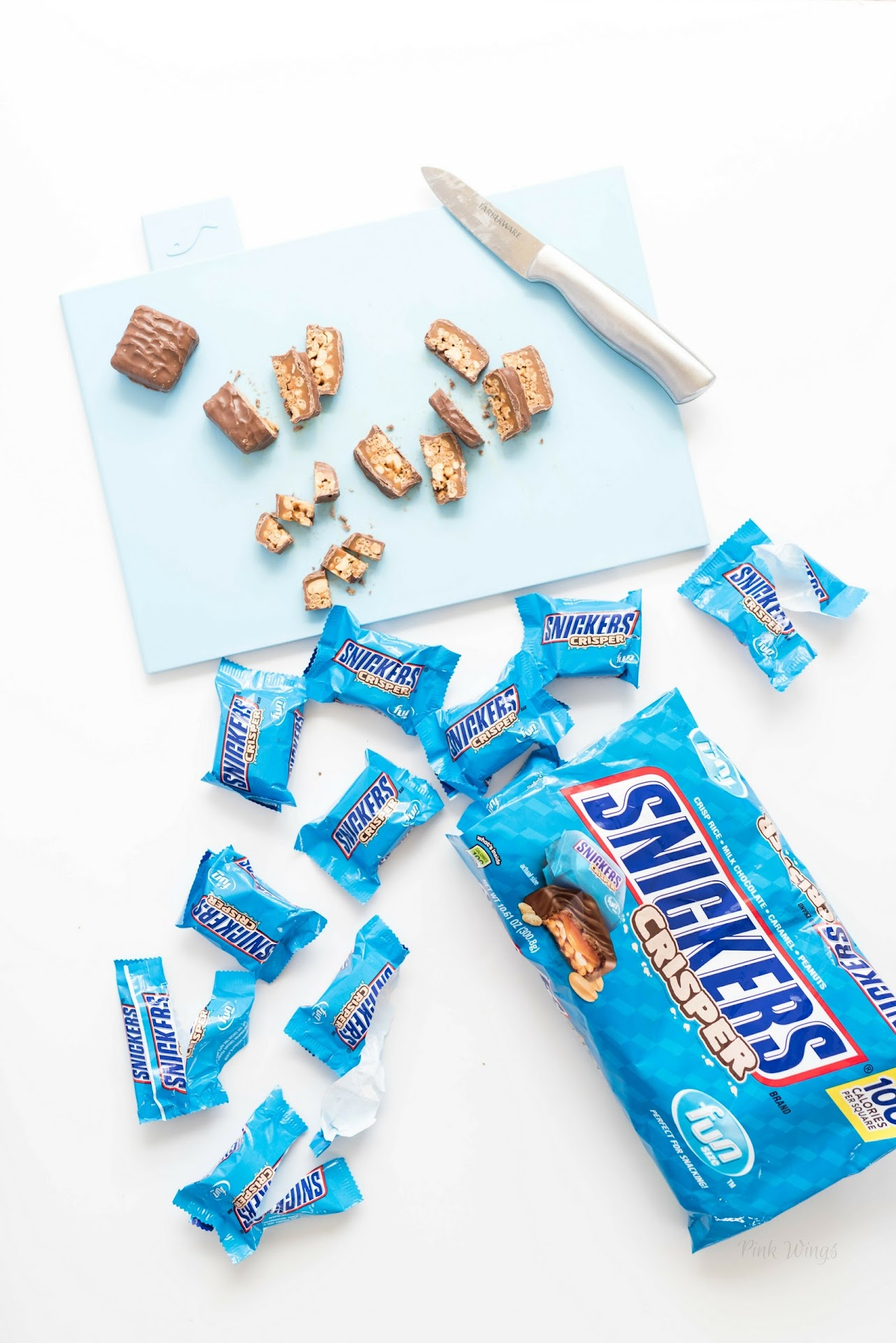 SNICKERS® Crisper, chocolate, photography, recipe prep, candy bar, American candy, fun size, Halloween candy